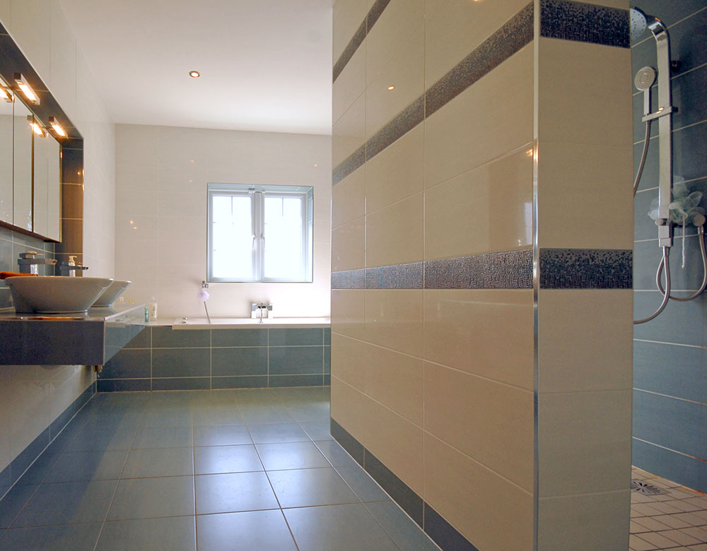 bathroom-tiling-002