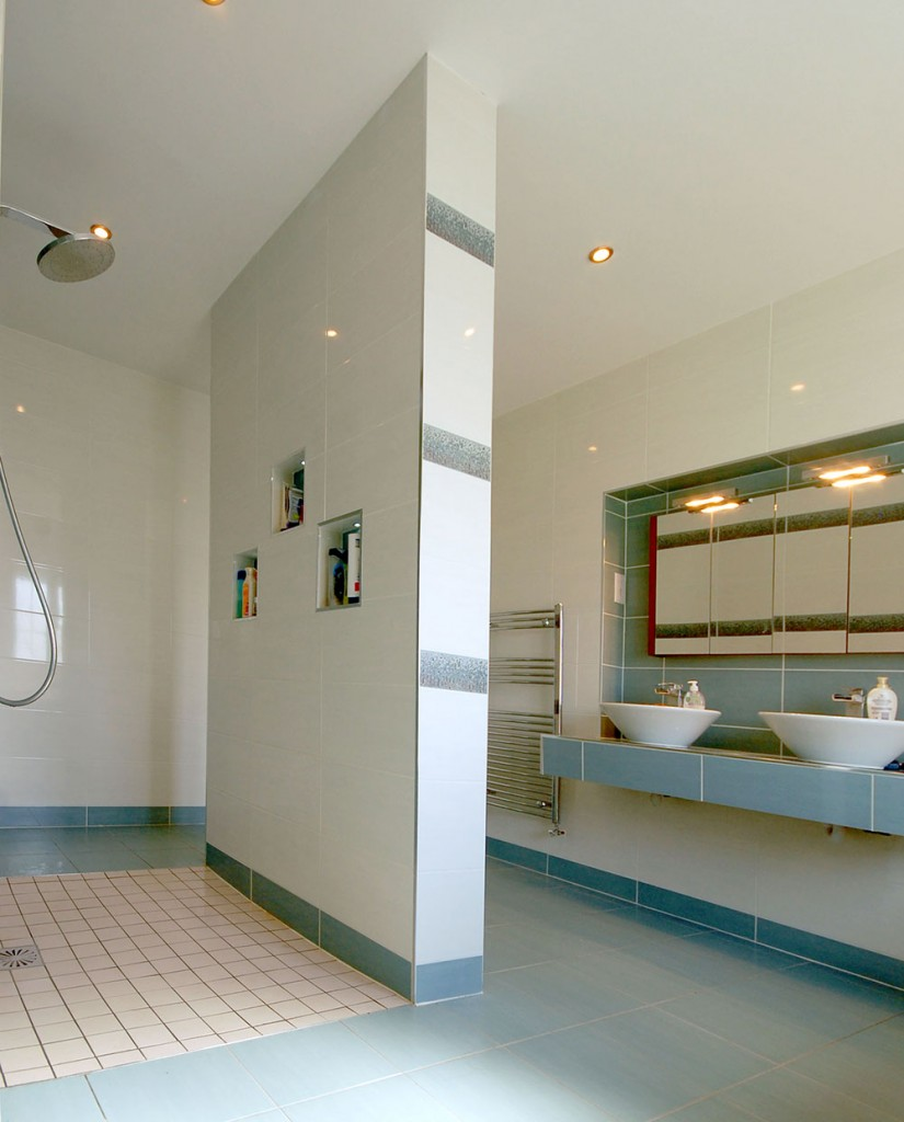 bathroom-tiling-007